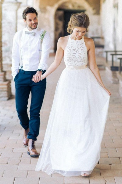 Simple Jewel Sleeveless Gown Lace Top Tulle Beach Wedding Dress_1