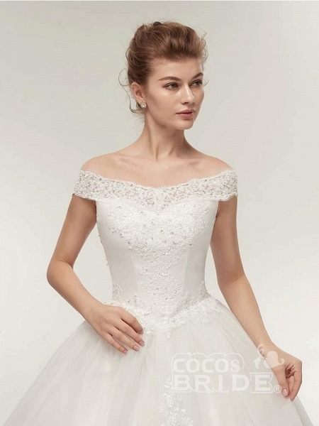 Gorgeous Off-the-Shoulder Lace Ball Gown Wedding Dresses_5