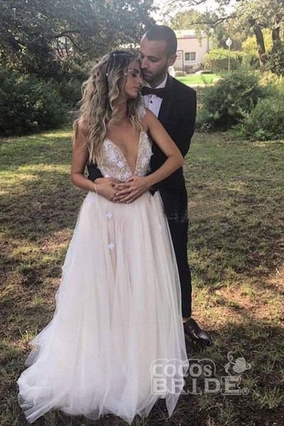 Deep V-neck Beading Straps Tulle Appliques A-line Custom Beach Wedding Dress_5
