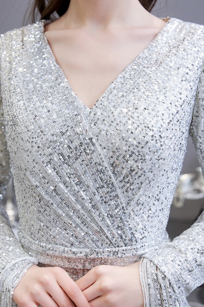 Gorgeous Sequins Long Sleeve V-Neck Mermaid Evening Gowns_18