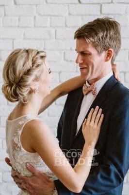 Floor Length V Neck Lace Applique Beach Puffy Tulle Wedding Dress_5