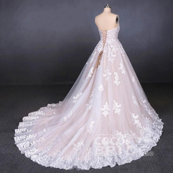 Puffy Strapless Tulle with Appliques Long Train Lace Up Wedding Dress_2