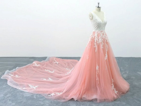 Peach Pink Tulle Cathedral Train Lace Wedding Dress_2