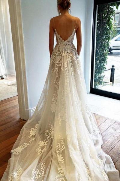Stunning Appliques Lace Spaghetti Straps Wedding Dress_1