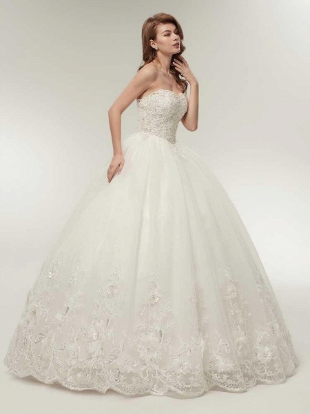 Elegant Sweetheart Beaded Lace-Up Ball Gown Wedding Dresses_1