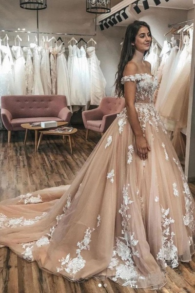 Gorgeous Off the Shoulder Tulle Lace Appliques Puffy Wedding Dress_1