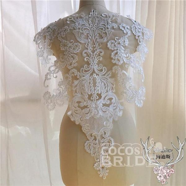 Unique Lace Appliques Mermaid Wedding Dresses_3