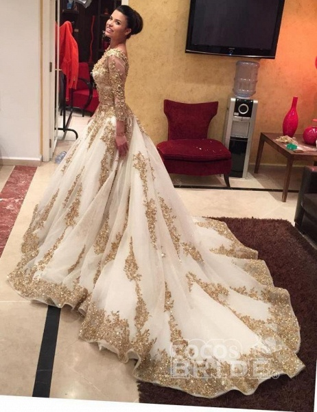 Luxurious Gold Lace Appliques 3/4 Sleeves V Neck Ball Gown Tulle Wedding Dress_3