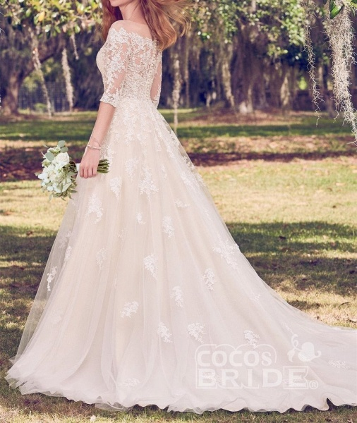 Vintage Off the Shoulder Tulle with Lace Appliqued Long Train Wedding Dress_2
