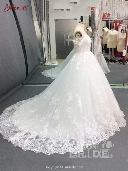 Glamorous Off-the-Shoulder Beads Ball Gowns Wedding Dresses_3