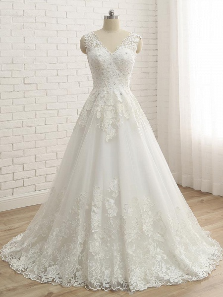 Elegant V-Neck Lace Ball Gown Wedding Dresses_1