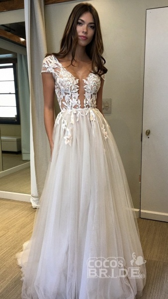 Cap Sleeve Deep V-neck With Appliques Sexy Split Tulle Wedding Dress_4
