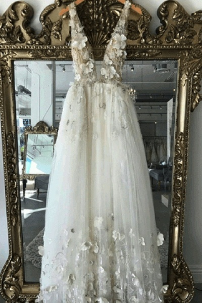 Simple Ivory 3D Flower Lace V Neck Open Back Long Wedding Dress_1
