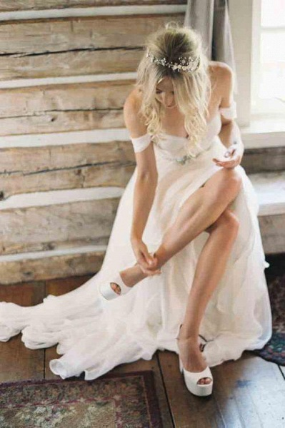 Simple Off the Shoulder Beach with Beading Waist Ivory Wedding Dress_1