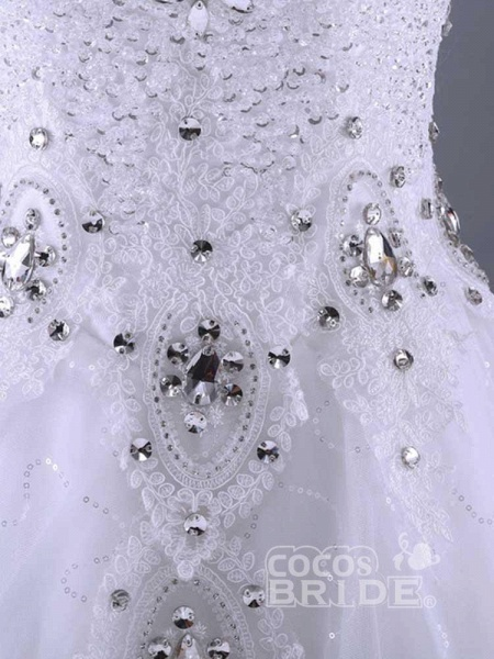 Glamorous Lace-up Beaded Ball Gown Wedding Dresses_3