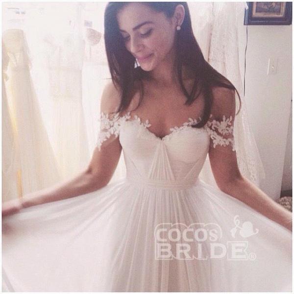 A-line Chiffon Beach with Sweep Train Wedding Dress_2