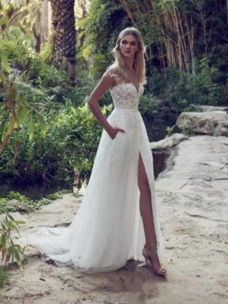 Split Lace Applique Sweep Train A Line Wedding Dresses_1