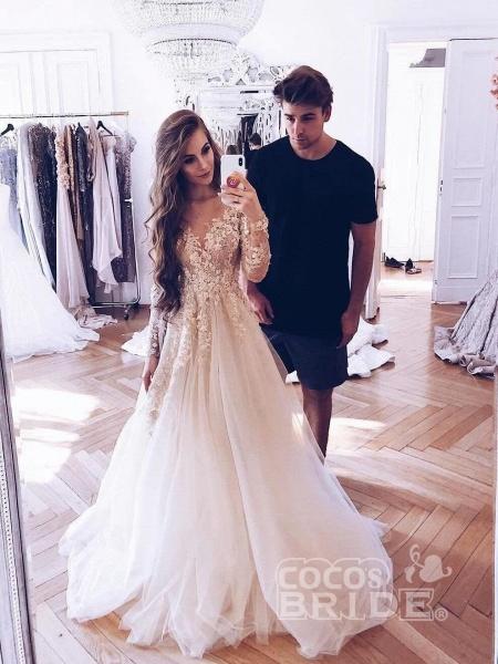Romantic Long Sleeves Appliques Ruffles Wedding Dresses_2