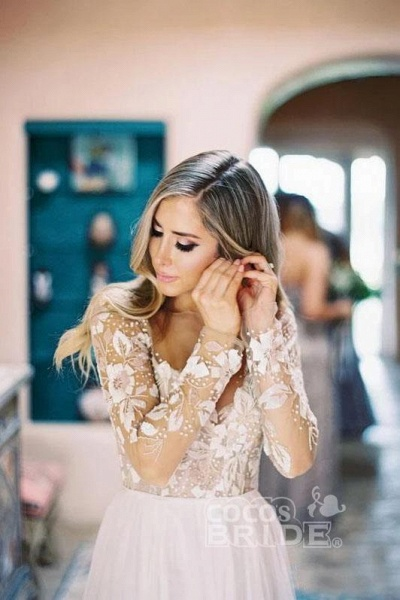 Chic A-line Long Sleeve Lace Backless Country Wedding Dress_5