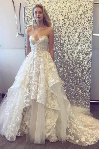 A-line Sweetheart Lace Appliqued Court Train Wedding Dress_1