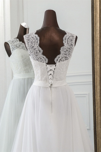 Elegant Long A-line Jewel Tulle Wedding Dress with Appliques Lace_5