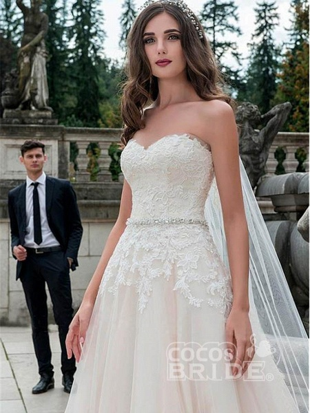 Glamorous Sweetheart Tulle A-Line Lace Wedding Dresses_2