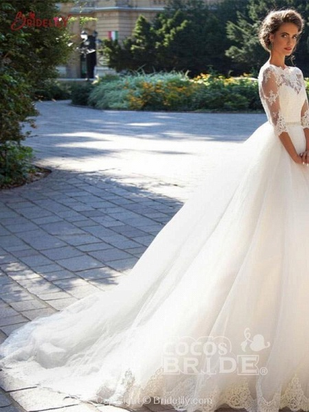 Gorgeous Half Sleeves Covered Button Ball Gown Wedding dresses_3