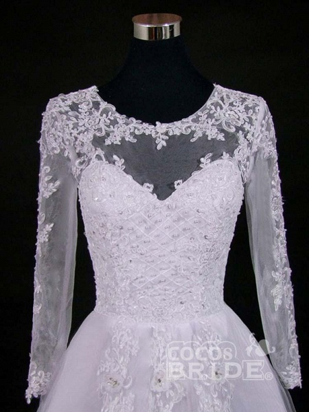 Lace Appliques Pearls Long Sleeves Wedding Dresses_4