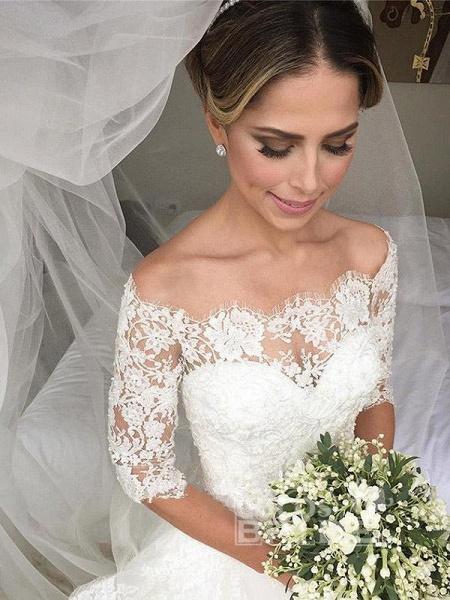 Gorgeous Design Wave Details Half Sleeve Lace Wedding Dresses_4