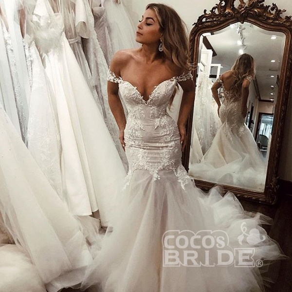 Off the Shoulder Mermaid Lace Long Tulle Wedding Dress_3
