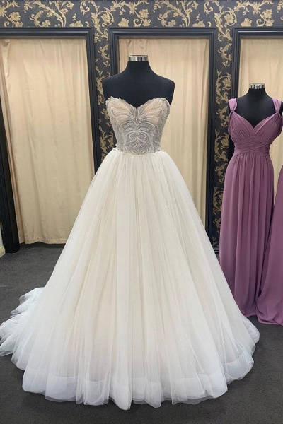 Ivory Sweetheart Neckline Crystal Floor Length  Lace Up Wedding Dress_1