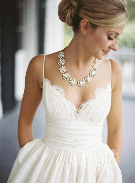 A-line V-neck Sleeveless Spaghetti Strap Lace Beach Wedding Dress_3
