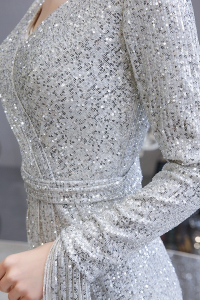 Gorgeous Sequins Long Sleeve V-Neck Mermaid Evening Gowns_13