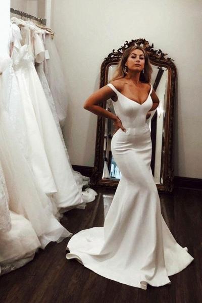 Simple Off the Shoulder Beach Elegant Long Wedding Dress_1