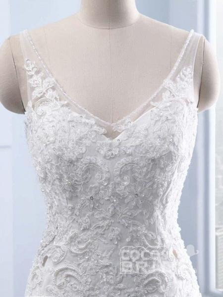 Elegant V-neck Lace Mermaid Wedding Dresses_5