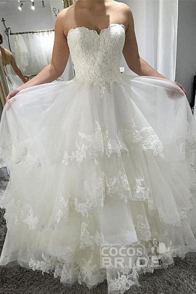 Simple Strapless Beach with Tiered Lace Up Back Wedding Dress_2