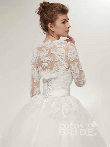 Off-The-Shoulder Lace Ball Gown Wedding Dresses_6