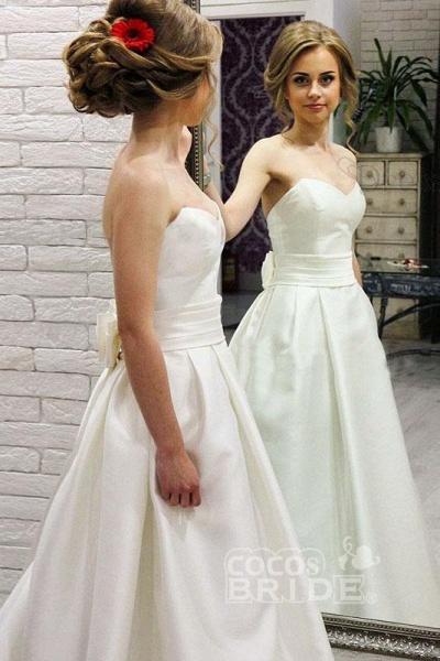 Simple Sweetheart Satin with Bowknot Cheap Beach Wedding Dress_2