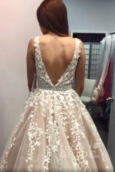Custom-made Lace Appliques Tulle Long Wedding Dress_5