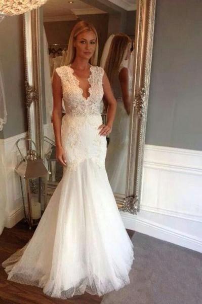 Ivory V Neck Sleeveless Mermaid Long Tulle Wedding Dress_1
