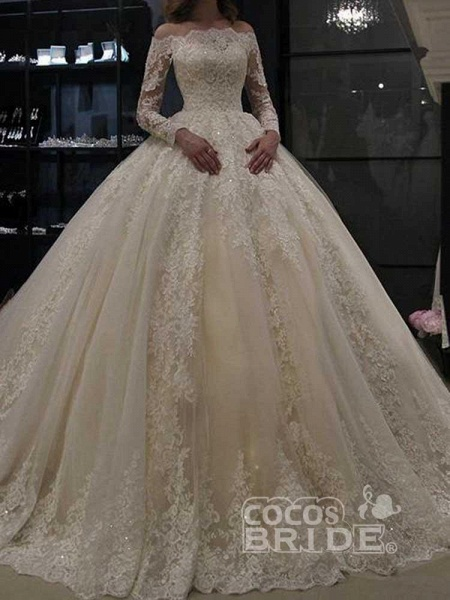 Gorgeous Long Sleeves Lace Ball Gown Wedding Dresses_4