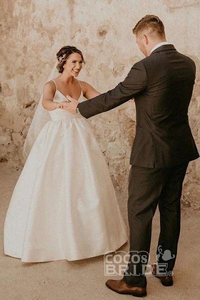 Simple Ivory Sleeveless Beach Floor Length Satin Spaghetti Straps Wedding Dress_5