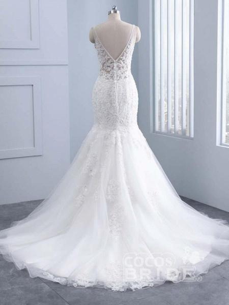 Elegant V-neck Lace Mermaid Wedding Dresses_3