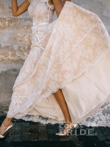 Boho Chic A Line Cap Sleeve Lace Wedding Dresses_6