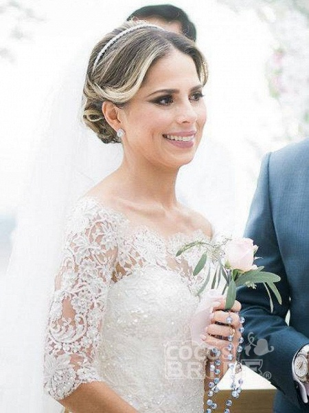 Gorgeous Design Wave Details Half Sleeve Lace Wedding Dresses_5
