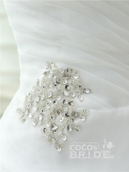 Elegant Off-the-Shoulder Crystal Tulle Wedding Dresses_6