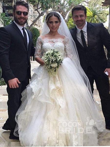 Gorgeous Design Wave Details Half Sleeve Lace Wedding Dresses_3