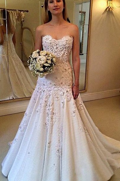 Elegant Sweetheart with Lace Appliques Strapless Wedding Dress_1
