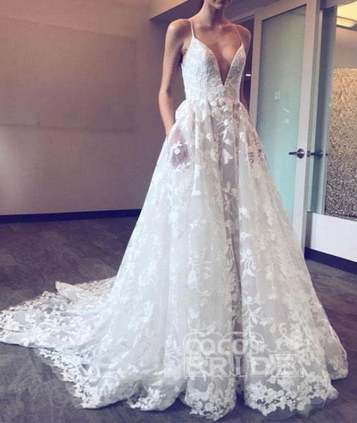 Spaghetti Straps Deep V-neck Sweep Train Lace Beach Wedding Dress_2