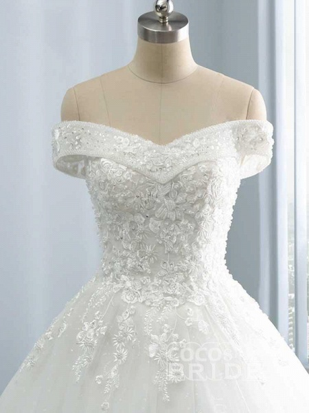 Gorgeous Off-The-Shoulder Lace Ball Gown Wedding Dresses_3